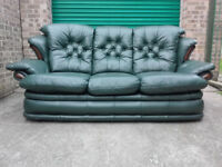 Leather Manhattan 3 Seater Sofa Settee Ons And Wood In Very Good Condition Free Delivery
