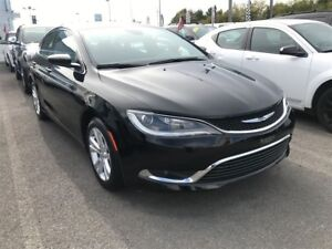 2016 Chrysler 200 V6 - SIEGES & VOLANT CHAUFFANT - DEMO!