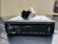 Pioneer CD/USB player