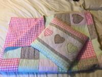 Quilted patchwork bedspread / throw and matching cushion