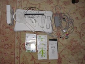 Wii Nintendo Console and accessories