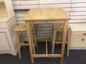 Table and 2 stools