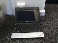 Dell Inspiron 1011 mini,laptop, Microsoft Windows XP,Intel Atom.