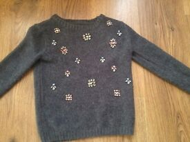 PRIMARK JUMPER WITH SHINEY STONES 7/8 YRS