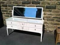 LARGE OFF WHITE WOODEN 6 DRAWER DRESSING TABLE