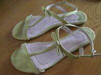 Ladies Faith Sandals Size 5