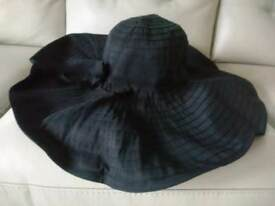 Ladies black hat