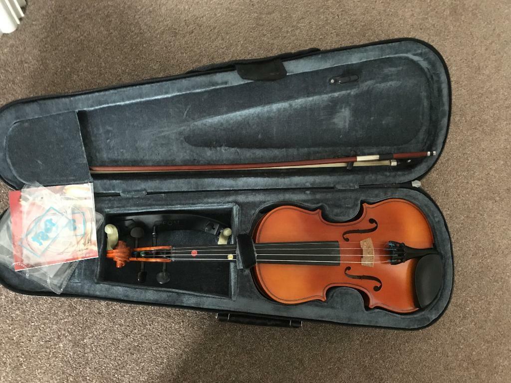 Primavera half size violin   in Milton Keynes, Buckinghamshire   Gumtree