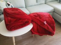Two Luxury Red Soft Faux Fur Warm Non-Allergic Bed Sofa Throws Blankets £10.00 Kennington SE11 5NG