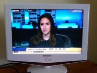 "television samsung 19"" with freeview box good condition scarborough"