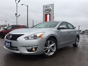 2015 Nissan Altima 2.5 SL-ACCIDENT FREE WITH LOW KM'S!!!!