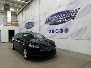 2016 Ford Fusion SE W/ Auto Start Stop Tech, Cloth, Power Seat