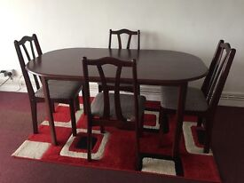 Mahogony Wooden Dining Table And Chairs Excellent Condition