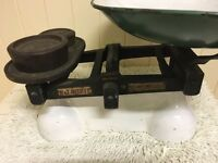 1950's scales typical of those used in greengrocers