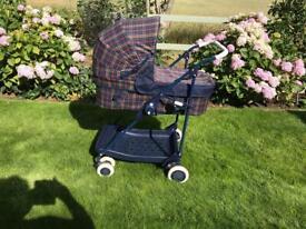 Very good condition Maclaren Dreamer carry cot / pushchair