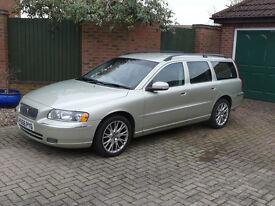 SOLD - Volvo V70 D5 SE, Diesel, 2006, 185HP, Manual, Low Mileage (67,500)