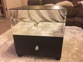 Black and mirrored bedside chest
