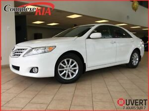 2011 Toyota Camry SE 27559KM CUIR TOIT OUVRANT CRUISE BLUETOOTH