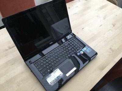 Notebook MSI CR720 (8GB RAM, 320 GB Hard disk)