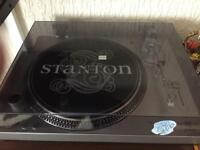 2x Stanton direct drive turntables