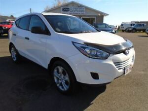 2014 Hyundai Tucson GL FWD ONLY 14,000kms 6-Speed Manual