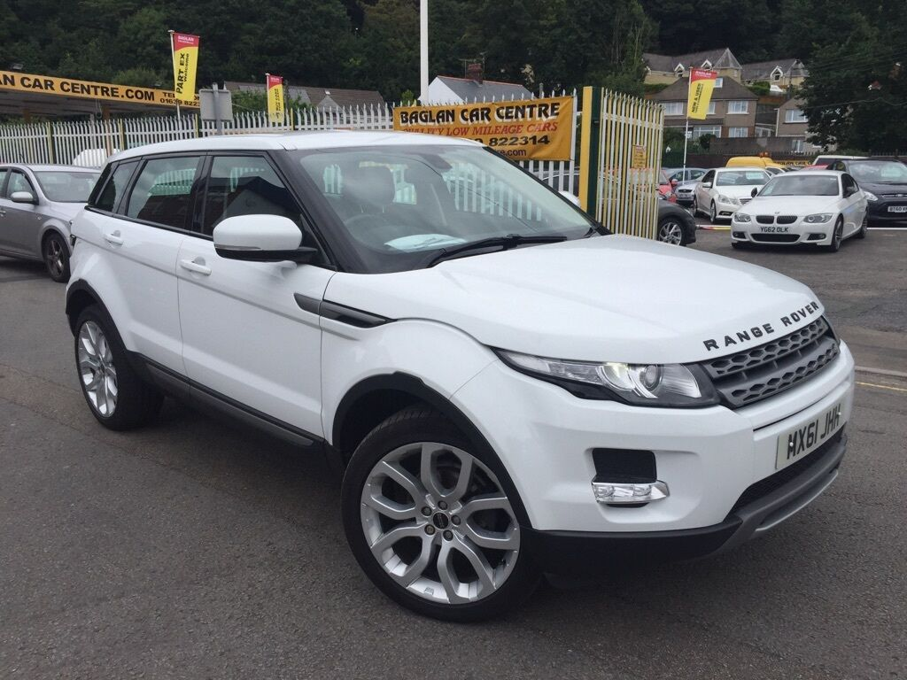 land rover range rover evoque 2 2 sd4 pure 4x4 5dr auto white 2011 in baglan neath port. Black Bedroom Furniture Sets. Home Design Ideas