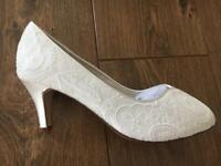 Rainbow Club wedding bridal shoes size 7 brand new