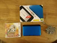 Nintendo 3ds XL Blue/Black & Pokémon Sun