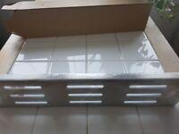 SOLID METAL, STAINLESS STEEL BATHROOM/KITCHEN/SHOWER SHELF 40x9.5x5cm(LxWxH)