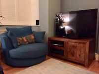 Dark mango wood coffee table & TV unit. Perfect condition.