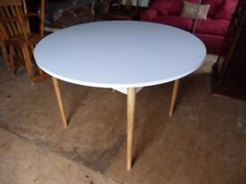 Retro 1960's/1970's Formica Type Top Extendable KitchenTable