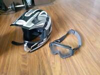 Motocross Helmet n okley goggles