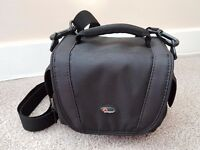 Lowepro Edit 110 Camera Shoulder Bag for Compact / Rangefinder / Small Camcorder