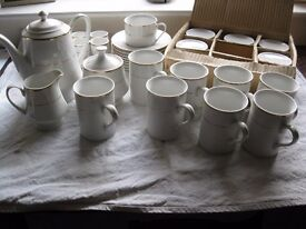 Breakfast and coffee/tea set in gilt & white china x 8 LOOK!!!!!