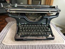 Vintage Underwood 14 typewriter