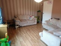 Fabulous 3 bedroom flat in Northfield area Edinburgh £820 per month DSS considered