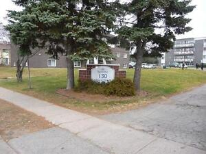 Sault Ste. Marie 2 Bedroom Apartment for Rent: Parking, laundry