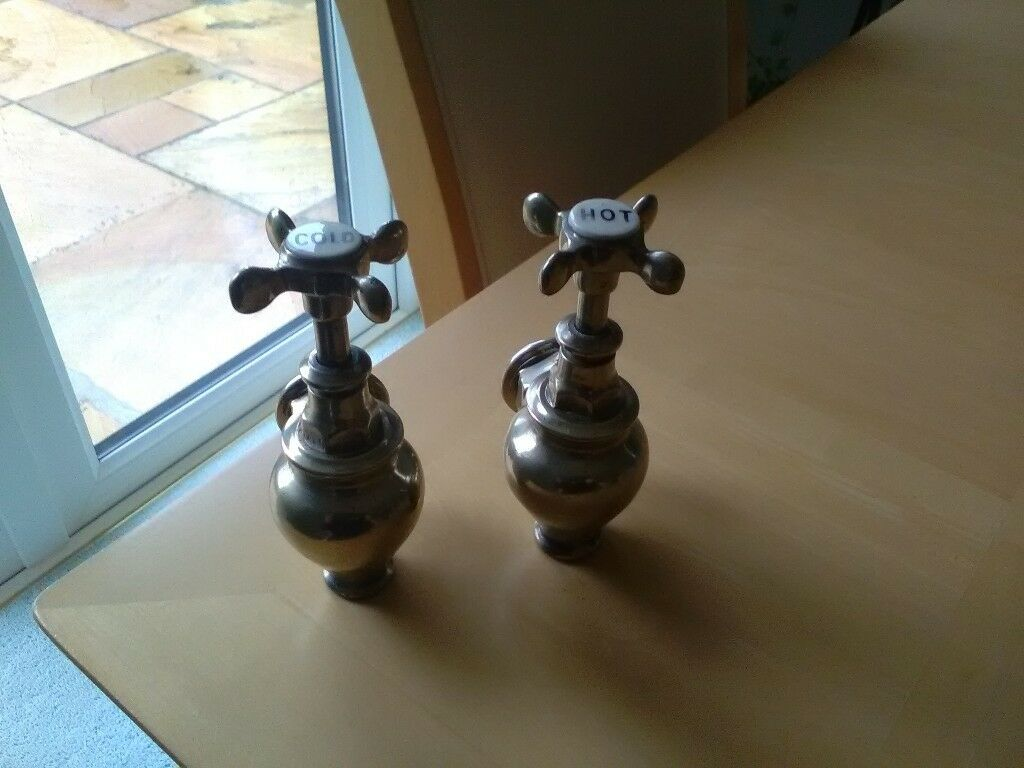 Pair of vintage style globe bath taps | in Downpatrick, County Down ...