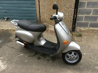 vespa et2 50cc scooter learner legal mot and tax