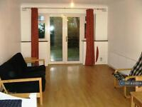 2 bedroom house in Mansfield Road, Ilford, IG1 (2 bed)