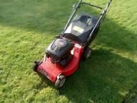 Champion Selfpropelled petrol lawnmower