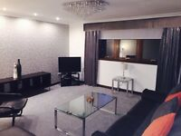 Short term let - Modern 2 bed SERVICED APARTMENT Cornwall Street, Glasgow, G41 1AQ