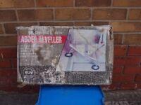 ladder leveller