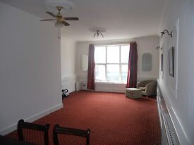 LARGE 4 BEDROOM FLAT OVER 3 FLOORS CROYDON CR02TB