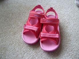 Clarks doodle sandals 71/2