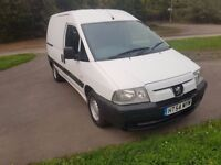 PEUGEOT EXPERT 1.9 54 2005 I DEAL DOG WALKING