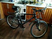 Claude Butler Aluminium Mountain Bike,excellent,free accessories