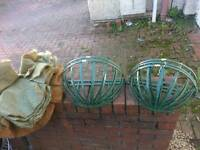 5 x wall baskets and liners new unused