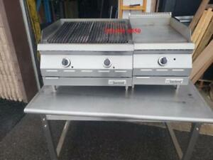 Garland Plaque et Grille BBQ, Charcoal Charbroiler Griddle Grill , Chaude GAS GAZ