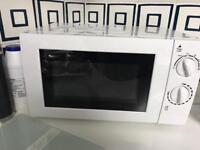 White microwave toaster & kettle sey